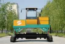 有機肥堆肥發酵翻堆機